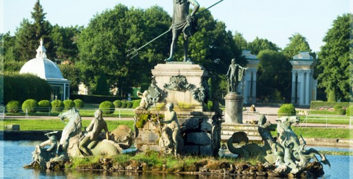 Нептун — старейший фонтан в Петергофе