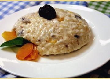 Рисовый пудинг — простой и полезный десерт