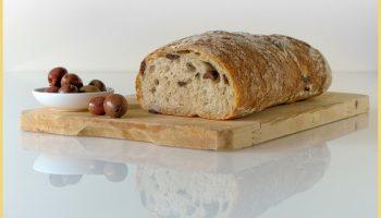 Вкусный домашний оливковый хлеб