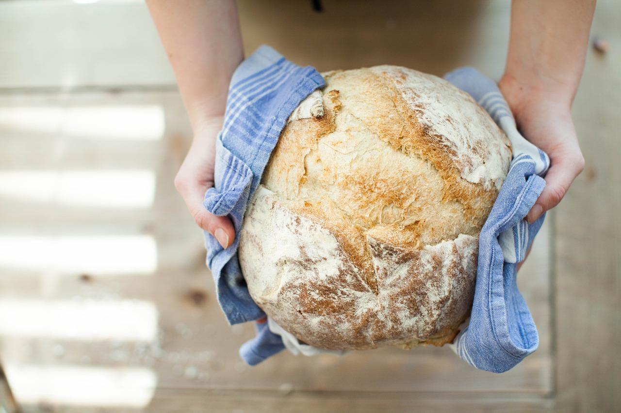 Пшеничный хлеб на домашней закваске