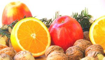 Салат с грецкими орехами и яблоком