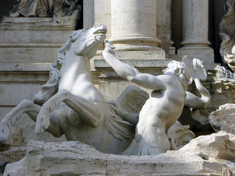 Океан - центральная фигура фонтана Треви