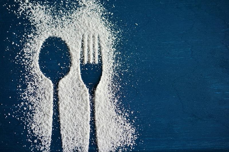 Ложка и вилка в сахаре