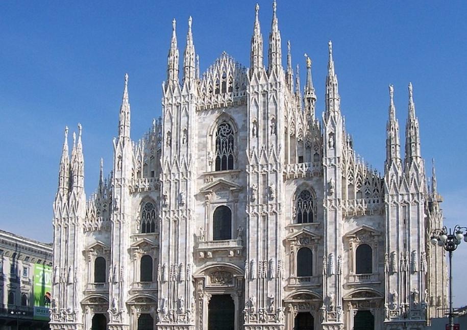 Грандиозный Миланский собор в Италии Duomo di Milano